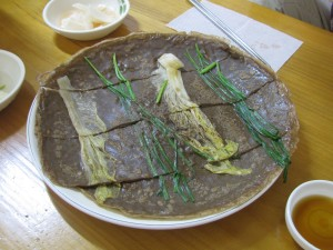 Delicious buckwheat green onion pancake